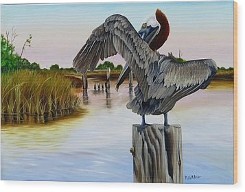 Gar Lake Pelican 2 Wood Print by Phyllis Beiser