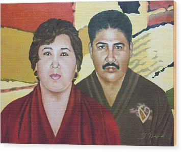 Garcia Family Portrait  Retrato De La Pareja Garca Wood Print by Fernando A Hernandez