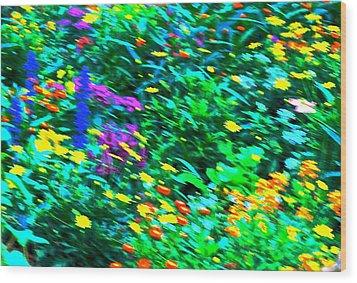 Garden Breeze Wood Print