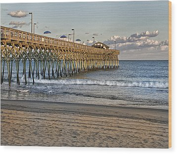 Garden City Pier At Sunset Wood Print by Sandra Anderson