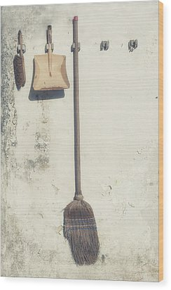 Gardening Wood Print by Joana Kruse