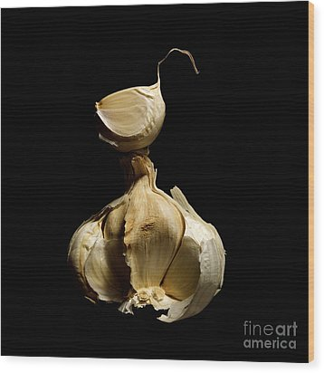Garlic Wood Print by Bernard Jaubert