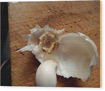 Garlic Is Life Wood Print by Aliceann Carlton