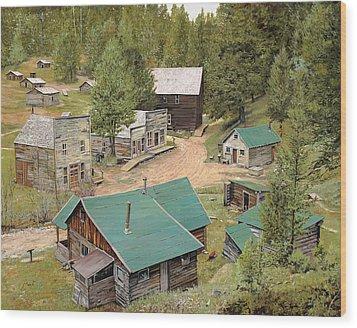 Garnet In Montana Wood Print by Guido Borelli