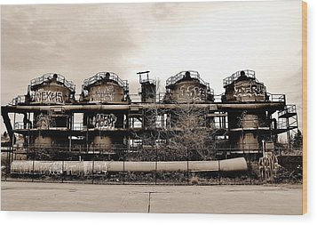 Gasworks Seattle Wood Print by Benjamin Yeager