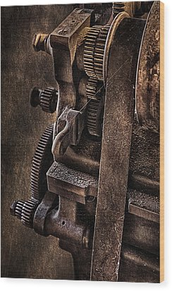Gears And Pulley Wood Print by Susan Candelario