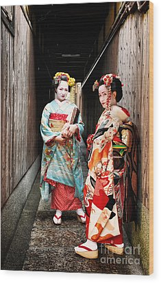 Geisha Alley Wood Print by John Swartz
