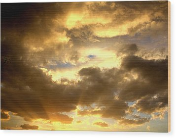 Wood Print featuring the photograph Gelato Sky by Amanda Holmes Tzafrir