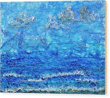 Gelid Seascape Revised Wood Print by Regina Valluzzi