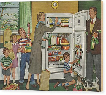 General Electric 1952 1950s Usa Fridges Wood Print by The Advertising Archives