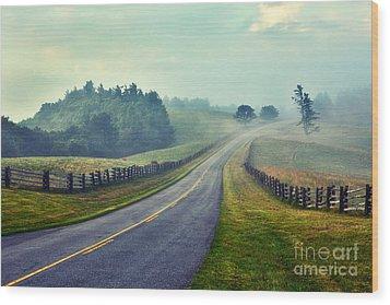 Gentle Morning - Blue Ridge Parkway II Wood Print