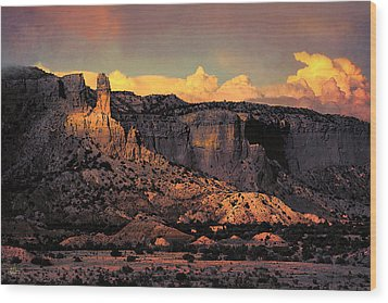 Georgia O Keefes Ghost Ranch House - Last Moments Of Sun Wood Print