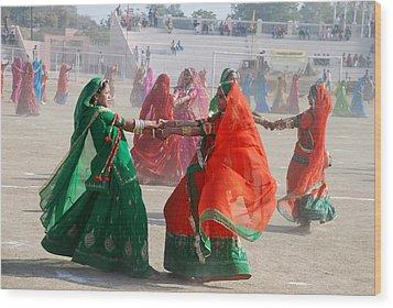 Ghoomar Dance In Rajasthan Wood Print by Rakesh Sharma