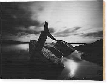 Ghost Ship Wood Print by Frodi Brinks
