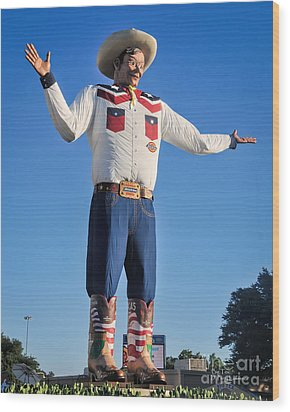 Giant Cowboy Big Tex State Fair Of Texas Wood Print by David Perry Lawrence