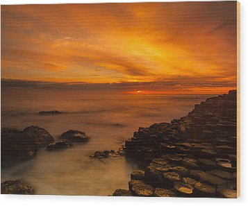 Giants Causeway Sunset Wood Print by Craig Brown
