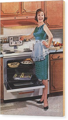 Gibson Ultra 600 1950s Usa Cooking Wood Print by The Advertising Archives
