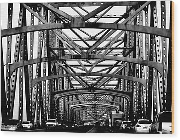 Girders Over The Mississippi In Black And White Wood Print