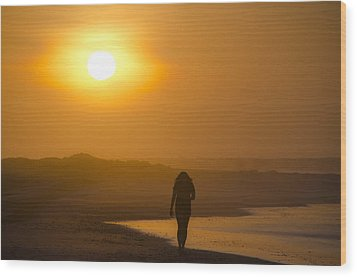 Girl On The Beach  Wood Print by Bill Cannon