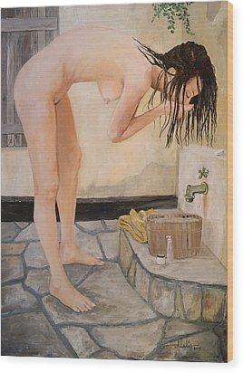 Girl With The Golden Towel Wood Print by Alan Lakin