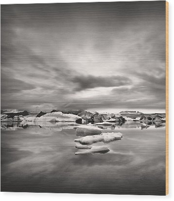 Wood Print featuring the photograph Glacier Lagoon II by Frodi Brinks