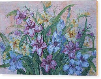 Gladiolus Wood Print by Natalie Holland