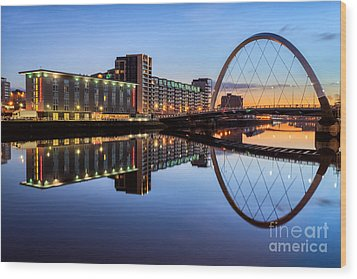 Glasgow Clyde Arc  Wood Print by John Farnan