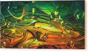 Glass Macro Abstract Rgo1ce2 Wood Print by David Patterson