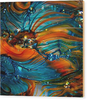 Glass Macro Abstract Rto Wood Print by David Patterson