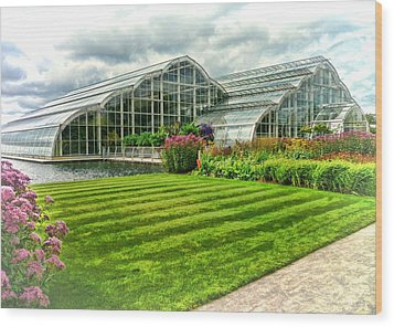 Glasshouse At Wisley Wood Print