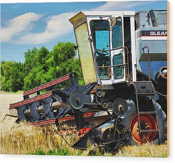 Gleaner F Combine Wood Print by Bill Kesler