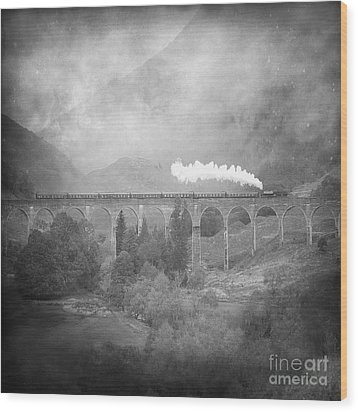 Wood Print featuring the photograph Glenfinnan Black And White by Roy  McPeak