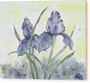 Gloriously Purple II Wood Print by Shirley Mercer