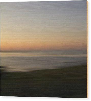 Glow Wood Print by Bob Retnauer
