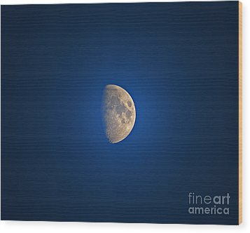 Glowing Gibbous Wood Print by Al Powell Photography USA