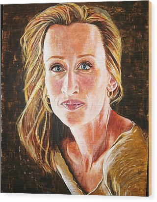 Gold Girl Wood Print by Linda Vaughon