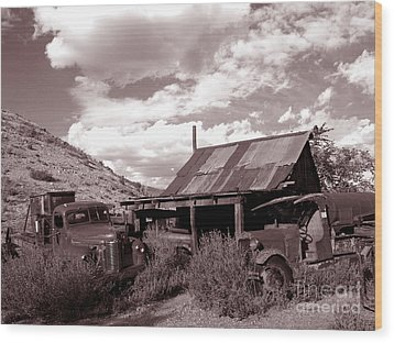 Gold King Mine Near Jerome Wood Print by Alex Cassels