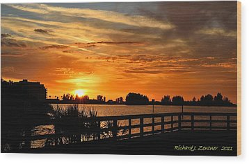 Wood Print featuring the photograph Golden Christmas Sunset by Richard Zentner