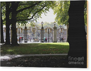 Golden Gates Wood Print