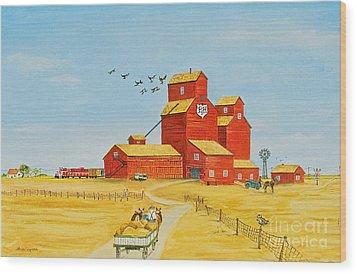 Golden Harvest Wood Print by Virginia Ann Hemingson