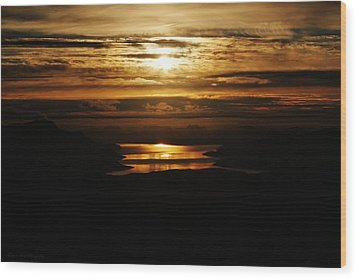 Golden Norse Fjordland Sunset Wood Print by David Broome