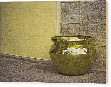 Golden Pot Wood Print