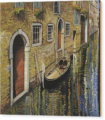 Gondola A Venezia Wood Print by Guido Borelli