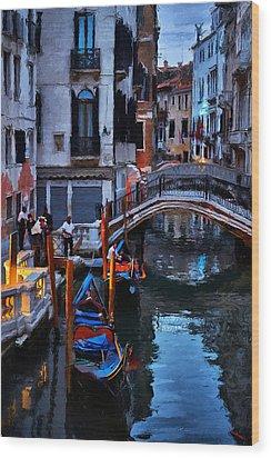 Gondola Drivers Wood Print