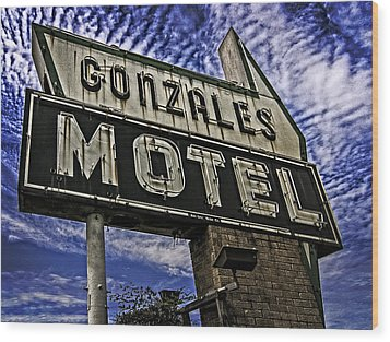 Wood Print featuring the photograph Gonzales Motel In Color by Andy Crawford