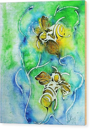 Good Day To Be A Bee Wood Print by Pat Purdy