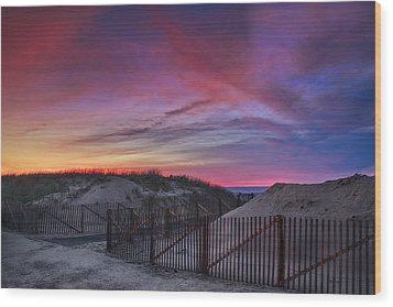 Good Night Cape Cod Wood Print by Susan Candelario