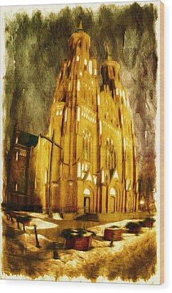 Gothic Cathedral Wood Print by Jaroslaw Grudzinski