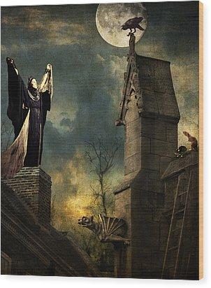 Gothic Queen Wood Print