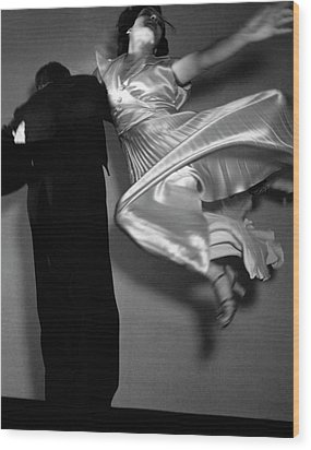 Grace And Paul Hartman Dancing Wood Print by Edward Steichen